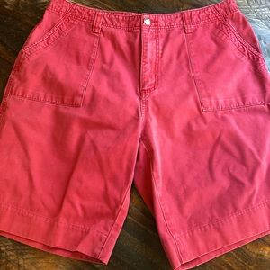 Royal Robbins. Women's coral red cargo shorts 14.